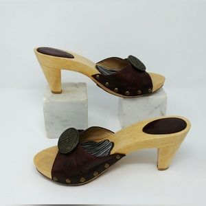 Frye Sammy wood and leather sandals studded heels